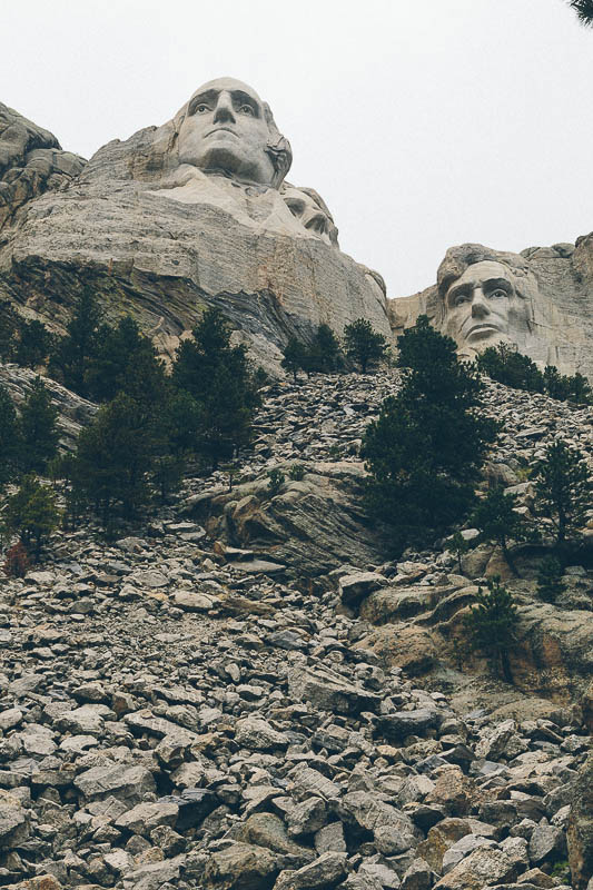 mount rushmore vertical