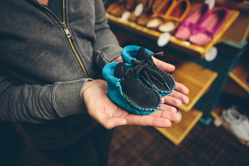 explore minnesota baby moccasins