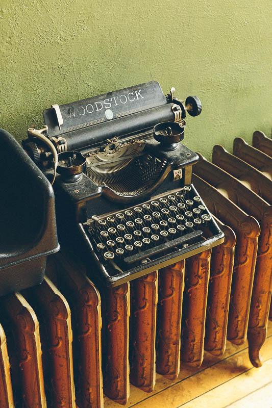 explore minnesota intl falls typewriter